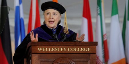 hillary-clinton-used-her-college-commencement-speech-to-extensively-troll-trump