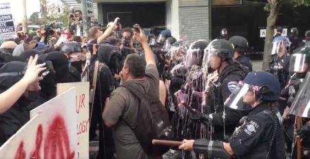 msnbc-goes-live-to-tense-seattle-altright-rally--counterprotests_1