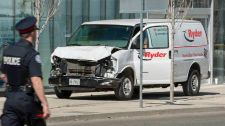toronto-van-crash