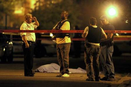 ct-oped-aj-0627-violence.jpg-20120626