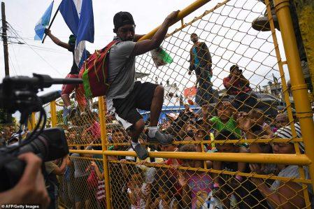 caravan-of-thousands-of-honduran-migrants-storm-into-mexico-18
