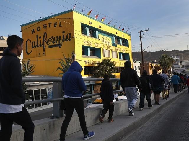 Another-3300-Caravan-Migrants-Arrive-in-Tijuana-Says-Mexico