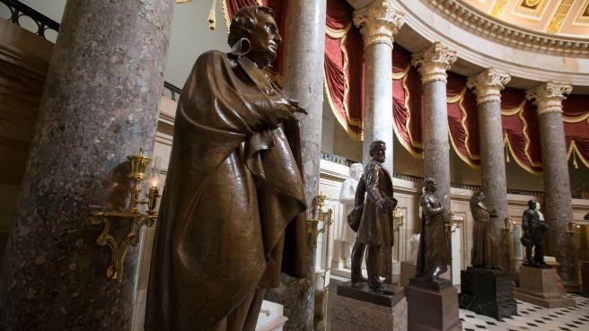 la-ol-le-confederate-statues-us-capitol-20170927